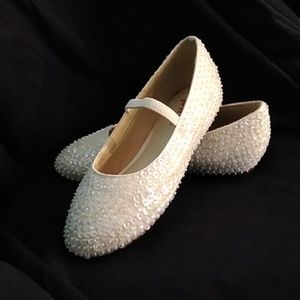 Girls white off white needed dress shoes formal